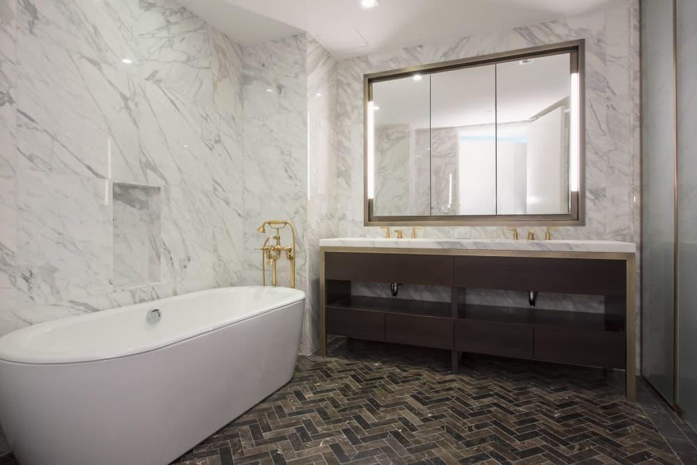 West_21st_Street_500_3D_Bathroom_