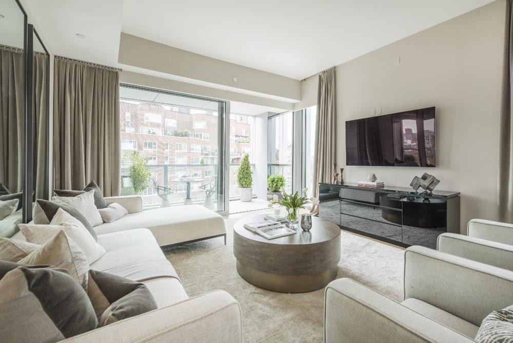 6th_Avenue_180_10B_Living_Room