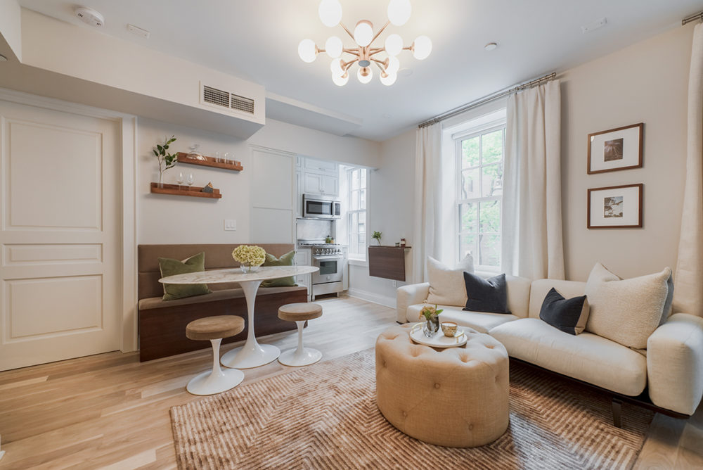 Bedford_Street_84_2S_Living_Room